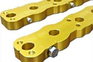 World Products 702450 - Chevy Small Block 7/16 Stud Girdle